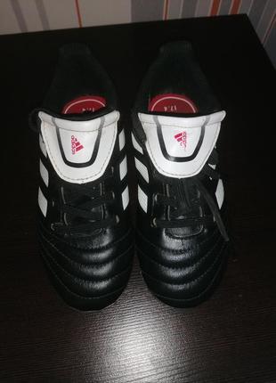 Бутсы фирма adidas
