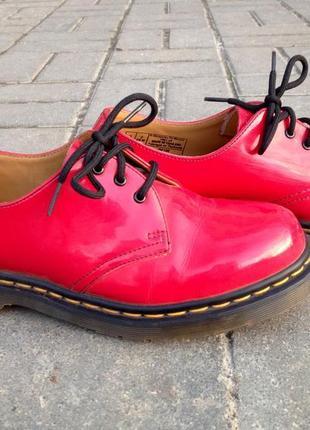 Кожаные туфли dr. martens р. 6 наш 38/39