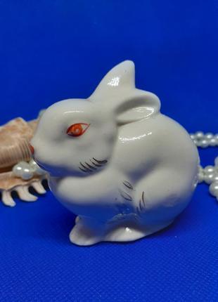 Зайка (заяц, зайчик), полонное,  фарфоровая статуэтка ссср