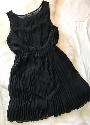 Шикарное вечернее платье плиссе