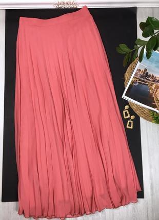 Шикарная юбка плиссе кораллового цвета