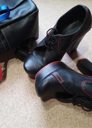 Кожаные ботинки, ботильоны