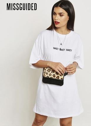 Трендовое короткое платье футболка оверсайз missguided