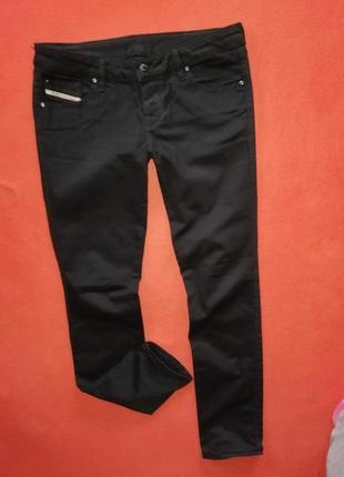 Красивые женские джинсы diesel 30 в прекрасном состоянии
