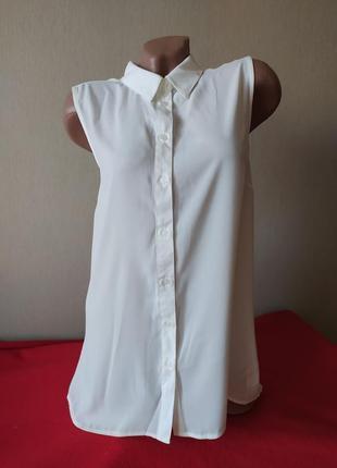 Красивая легкая блуза с воротником)