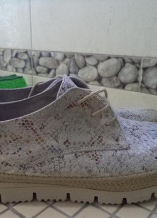 Стильные туфли o.uazi 40р стелька 25.5 см