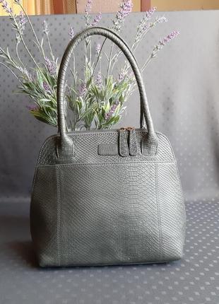 Кожаная красивая серая сумка фирмы osprey london в новом состоянии