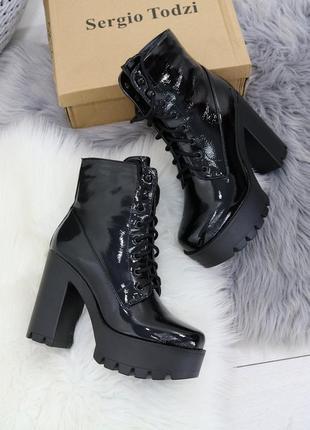 Демисезонные женские ботинки ботильоны на высоком каблуке