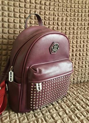 Рюкзак цвета марсала