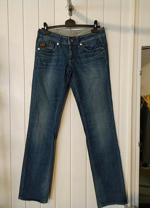 Женские фирменные  прямые джинсы