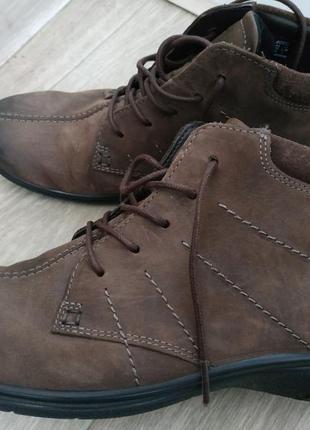 Ботинки ecco (деми) р.39-40 кожа