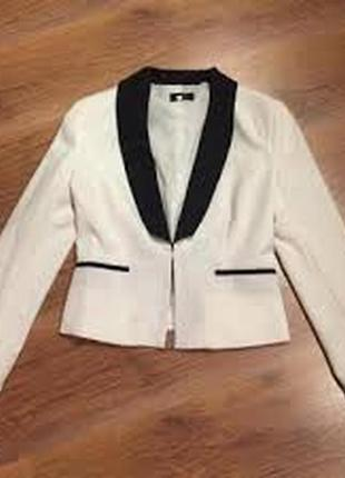 Белый пиджак pimkie
