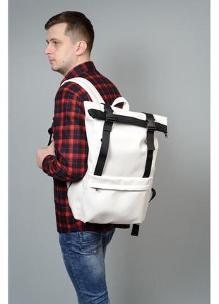 Белый рюкзак ролл