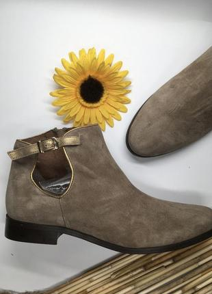 Ботинки з натуральної замші від minelli