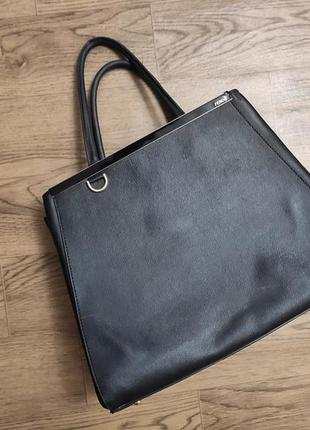 Большая черная кожаная сумка фенди оригинал жесткая