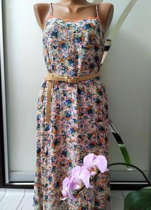 Платье цветочное в цветы, с кружевом promod.
