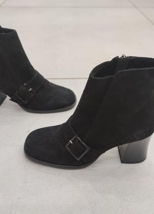 Супер удобные ботинки из нат.замши