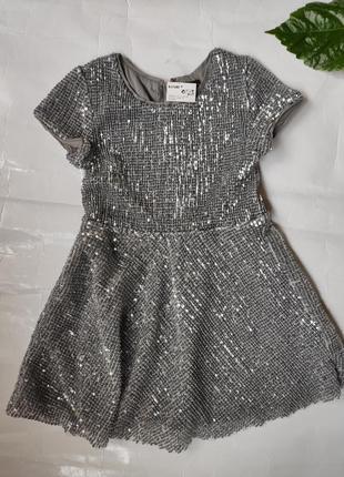 Красивое платье с пайетками kiabi франция на 3-4 года или 4-5 лет