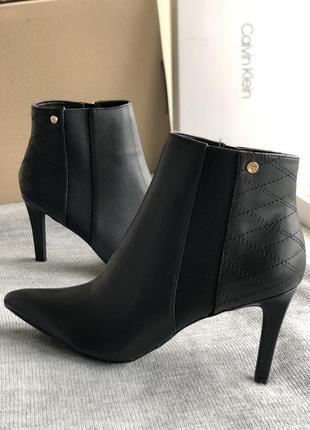 Черные ботильоны, ботинки бренд ck