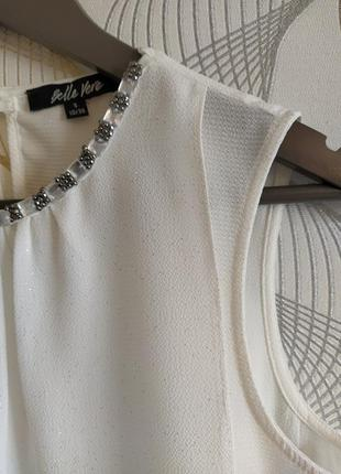 Белая блузка,украшен воротник,англия