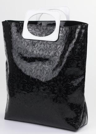 Фирменная лаковая сумка
