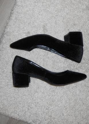 Бархатные лодочки, туфельки на небольшом каблуке