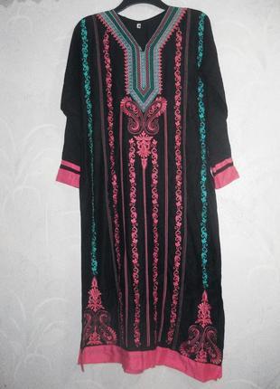 Платье длинное туника абая вышиванка чёрное розовая вышивка коттон нарядное