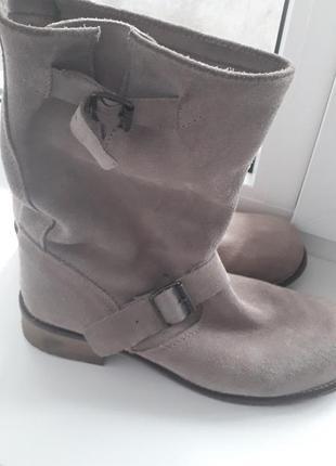 Замшевые серые полусапоги,ботинки andre