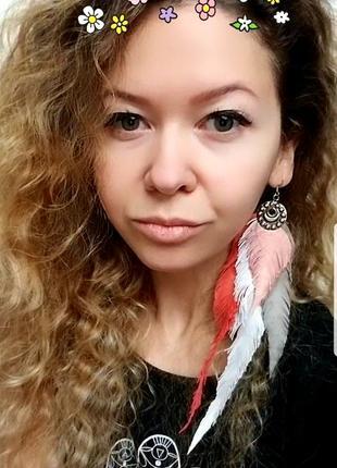Моно серьги в бохо стиле, перья кожа, луна и солнце