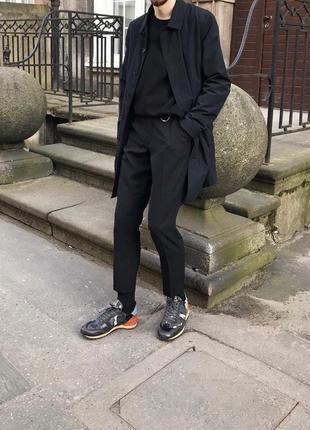 Calvin klein оригинальный чёрный плащ как gucci prada
