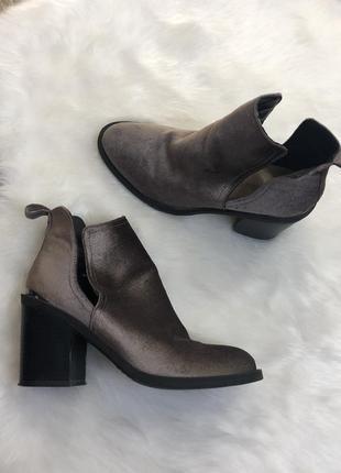 Ботинки полуботинки на каблуке
