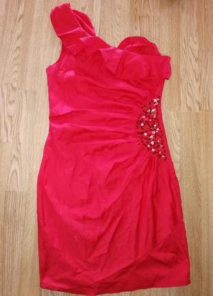 Вечерние короткое платье нарядное с паетками