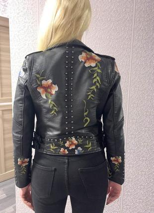 Куртка косуха кожанка с вышивкой