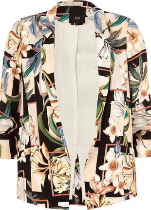 Шикарный удлиненный жакет блейзер цвета айвори рукав с завязкой и воланом 16/50-52 размера