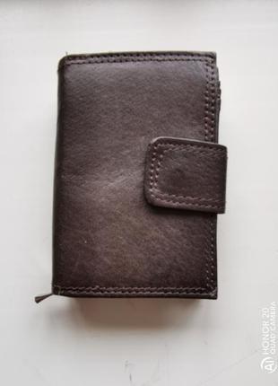 Небольшой кожаный кошелёк fabretti