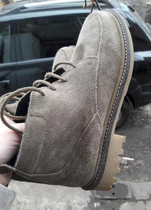 Шикарные ботинки 23 см.