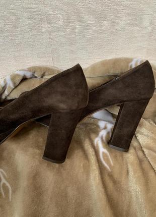 Итальянские замшевые туфли цвета шоколад