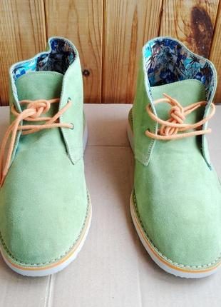 Стильные итальянские замшевые удобные ботинки le crown