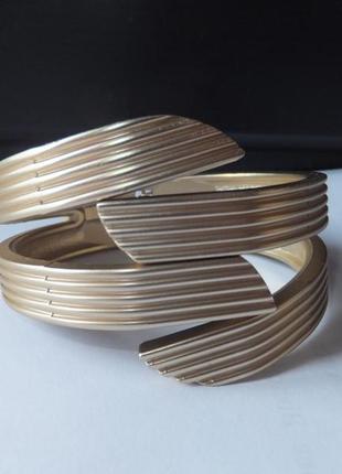 Золотистый позолоченный широкий браслет