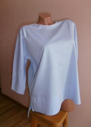 Стильный трикотажный блузон нежно голубого цвета cos