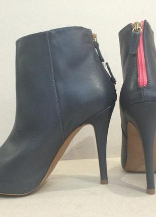Кожаные ботинки  стельк  24 см