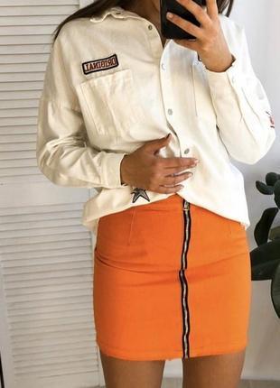 Оранжевая джинсовая коттоновая юбка с молнией спереди на высокой посадке missguided
