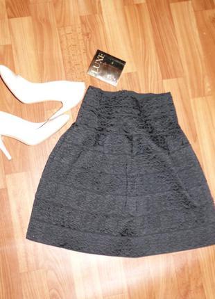 Стильная юбка резинка