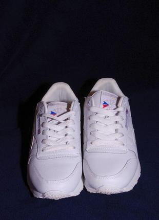 Стильні шкіряні кросівки reebok, 39рр, ідеальний стан!!