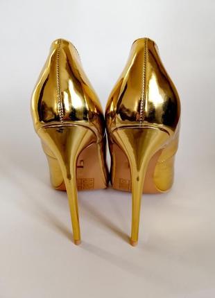 Новые туфли лодочки на шпильке золотые острый носок lost ink