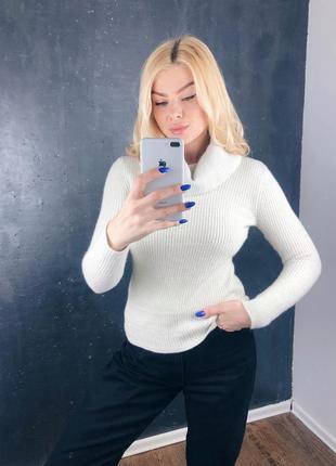 Шикарный оригинальный свитер