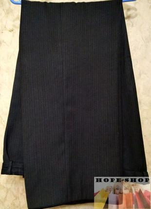 💞чёрные в мелкую полоску,брюки от костюма-очень большого размера