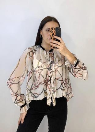 Блуза в актуальный принт из цепей от zara