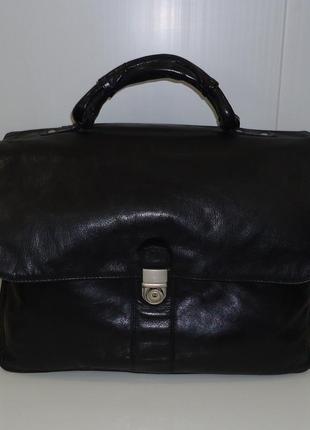 Стильный мужской портфель бренда everest