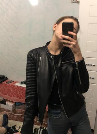 Косуха/куртка в байкерском стиле